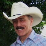 Picture of Dave Kleinendorst with a cowboy hat